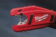 Kompaktní řezák na CU trubky Milwaukee C12 PC-302