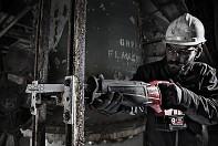 Aku 18V šavlová pila Milwaukee M18 CSX 502X FUEL 3x aku