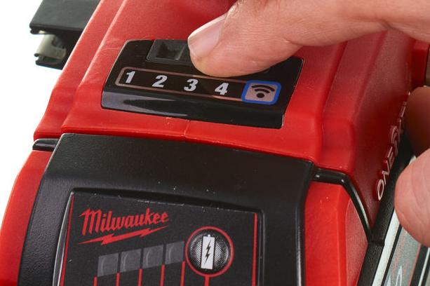 Přepínání režimů u Milwaukee M18 ONEID